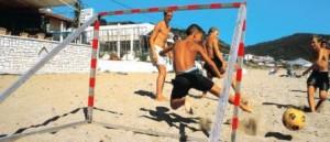 Die Kid's im Einsatz beim Beach Fußball