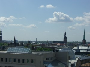 Blick über Riga von der Dachterasse unseres Hotels