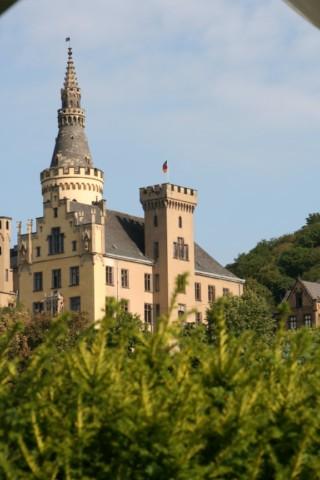 Wanderurlaub mit Übernachtung in Bad Hönningen am Rhein steig und am Westerwaldsteig