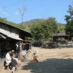 Ein Dorf der Akha