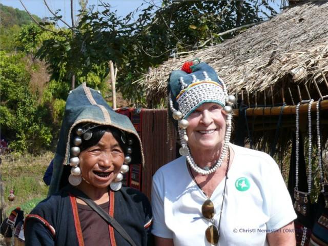 myanmar reise tipp von mandalay zu den bergv lkern bei kyaing tong. Black Bedroom Furniture Sets. Home Design Ideas