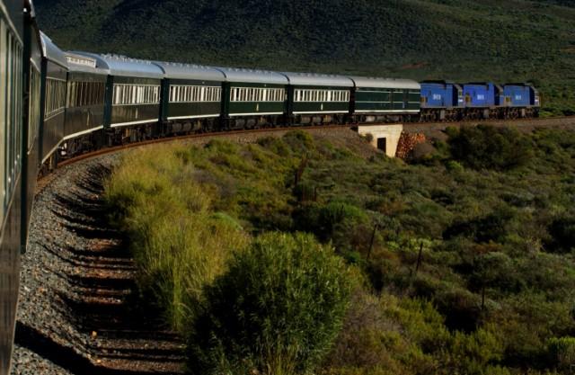 Südafrika: Bahnreise Angebot: Nostalgiefahrt mit dem Rovos Rail, dem luxuriösesten Zug der Welt