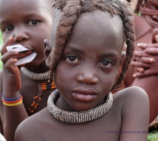 Himba_kleines_maedchen1