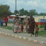 Himba und Herero Frauen