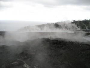 Reunion - dampfende Lava