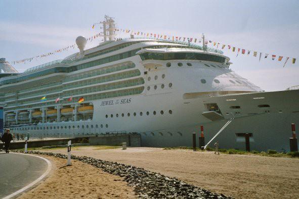 Jewel of the Seas: Erfahrungsbericht Minikreuzfahrt Hamburg - Helgoland