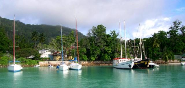Hafen La Digue