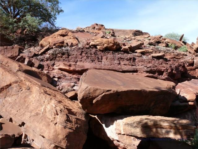 Twyfelfontein - Felsgravuren aus der Steinzeit, Verbrannter Berg, Orgelpfeifen - Das UNESCO Weltkulturerbe in Namibia