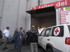 Reparatur in der einzigen offenen Werkstatt in Irun