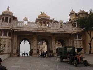 Eingang zum Stadtpalast