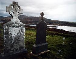 Alter Friedhof mit Meeresblick