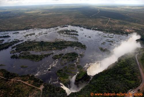 Simbabwe-Urlaub -Victoria Falls- Wasserfälle - Hubschrauber-Flug - Fälle und Inseln