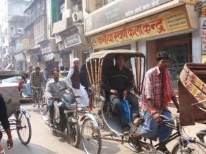 Tuktuk- und Rikschaverkehr