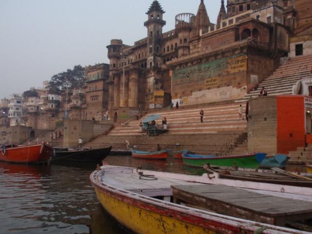 Erlebnisreiche Ferien, der Rückflug von Varanasi nach Neu Delhi