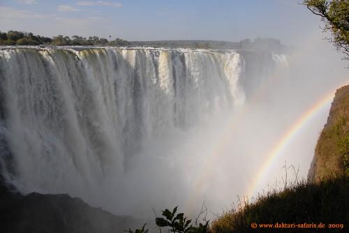 Victoria Falls, Main Falls mit Regenbögen