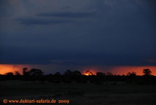 Hwange Nationalpark - Shumba - Sonnenuntergang