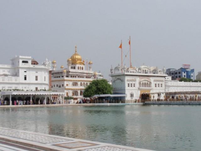 Indien Urlaubserlebnisse - von Amritsar an die indisch-pakistanische Grenzstation Wagha