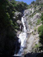 Ein spektakulärer Wasserfall im Aspromonte-Gebirge