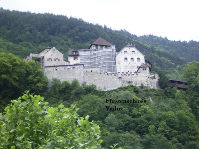 Klassenfahrt ins Dreiländereck: Teamgeist - Herausforderung - atemberaubende Bergwelt