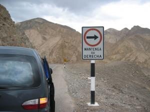 Bitte rechts fahren