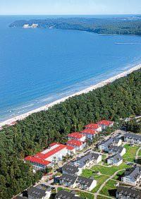 Das Hotel und der Strand in Binz