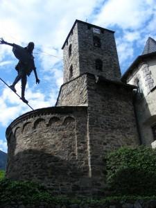 Andorra la Vella - Kunstwerk vor St.- Esteve