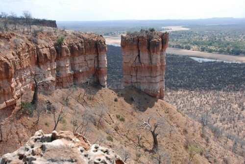 Gonarezhou National Park - view from Chilojo Cliffs