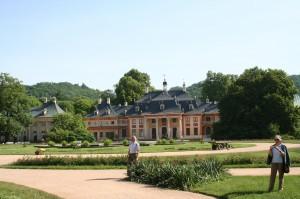 Blick auf die Barockgärten Schloss Pillnitz