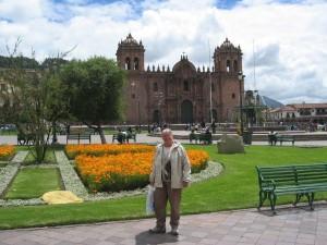 Plaza de Armas mit der Kathedrale