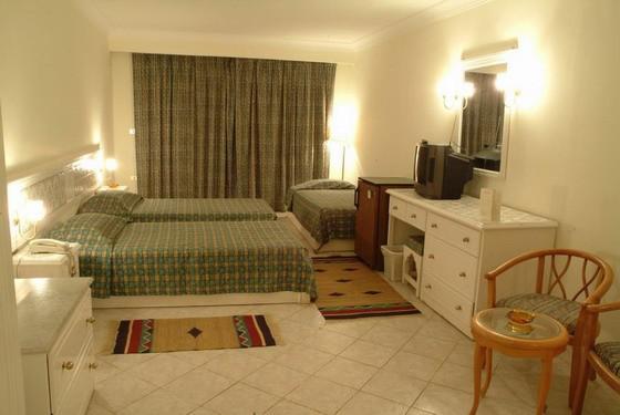 Unser Zimmer vor dem Einzug :o)