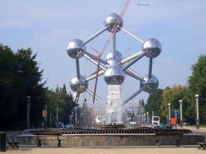das Atomium von Nahem