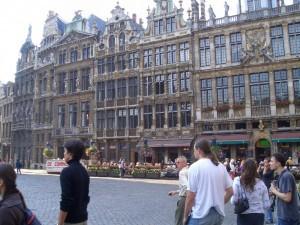 schöne Bürgerhäuser auf dem Brüsseler Marktplatz
