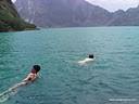 Ein Bad im Kratersee