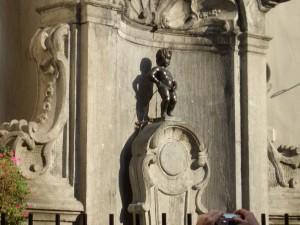 dieses Brüsseler Wahrzeichen kennt jeder: Manneken Pis
