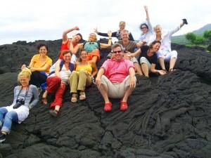 unsere bunte Gruppe auf Lava