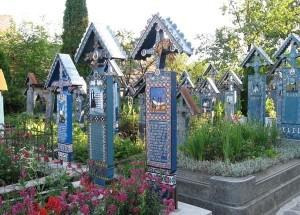 Urlaub in Rumänien - Lustiger Friedhof von Sapanta in Bukowina