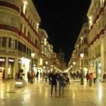 Die Innenstadt von Sevilla bei Nacht
