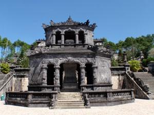 Vietnam-Hue-Kaisergrab