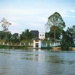 Rundreise durch den malaiischen Teil Borneos, inklusive Flusskreuzfahrt auf dem Rajang Fluss