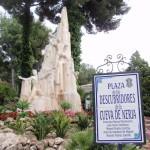 Die Tropfsteinhöhlen von Nerja und die Alcazaba in Malaga