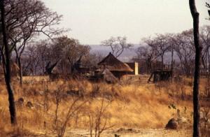 Dorf zwischen Karoi und Binga