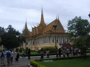 Die Silberpagode mit Smaragdbuddha im Koenigspalast