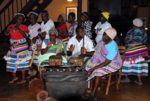 Südafrika -Soutpansberge - Traditioneller Tanz der Venda