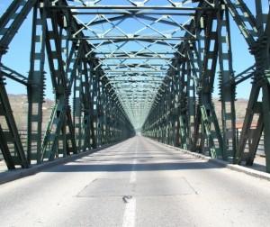 Stahlbrücke von Stein nach Mautern