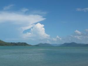 Panorama von Daydream-Island auf die benachbarten Inseln der Whitsunday Islands