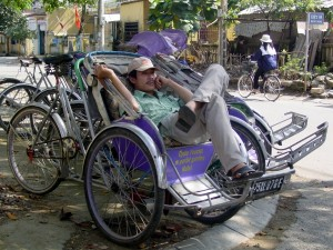 Rikschafahrer in Hanoi