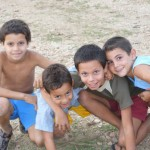 Kinder nach der Schule in Havanna