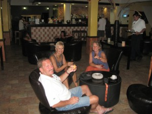 In der Hotelbar
