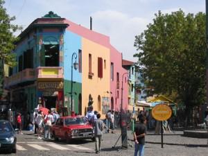 während meiner Sprachreise entdeckt - farbiges Haus in Buenos Aires