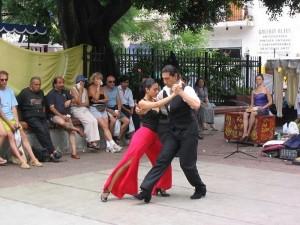 Tango Tänzer auf der Strasse in Buenos Aires